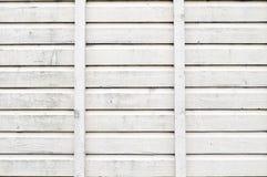 O Grunge que descasca o carvalho pintado branco embarca o fundo Fotos de Stock Royalty Free