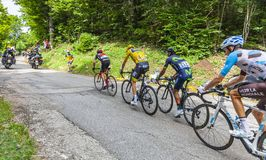 O grupo amarelo do jérsei - Tour de France 2017 fotografia de stock