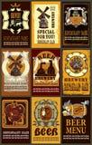 O grupo contém imagens de etiquetas da cerveja projeta com cerveja diferente e Fotografia de Stock