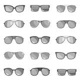 O grupo de óculos de sol é descrito em um fundo branco Foto de Stock Royalty Free