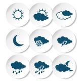O grupo de branco arredondou etiquetas com obscuridade - símbolos de tempo azuis, elementos da previsão Fotos de Stock Royalty Free