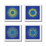 O grupo de explosão do sol ou de sol irradia ícones do vetor Fotografia de Stock
