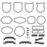 O grupo de fitas e de emblema dos elementos forma para cria o logotype Imagem de Stock