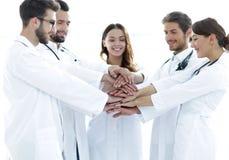 O grupo de internos médicos mostra sua unidade Fotos de Stock