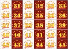 O grupo de ouro numera de 31 a 45 e da palavra do ano Fotos de Stock Royalty Free