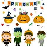 O grupo de quatro crianças bonitos nos trajes para Dia das Bruxas, os elementos, os objetos e os ícones para seu projeto nos dese ilustração do vetor