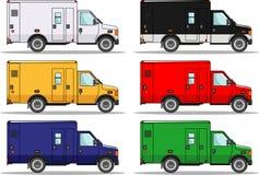 O grupo de seis coloriu carros isolados no branco ilustração do vetor