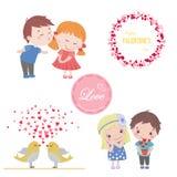 O grupo do Valentim de imagens para o cartão com desenhos animados bonitos isolou o menino e a menina, pássaros do amor Fotos de Stock