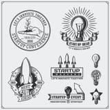 O grupo do vetor de ideia, o negócio, o conceito e o projeto começam acima logotipos, ícones, emblema e etiquetas Fotografia de Stock Royalty Free