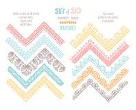 O grupo do vetor de laço de 10 esboços faz crochê escovas sem emenda Fotografia de Stock