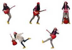 O guitarrista do hipste no branco Imagens de Stock Royalty Free