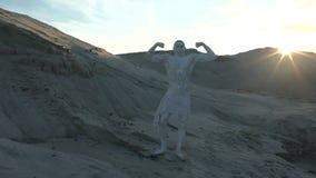 O homem é como uma estátua filme