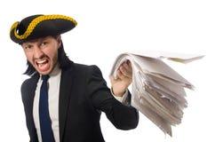 O homem de negócios do pirata que mantém papéis isolados no branco Imagens de Stock Royalty Free