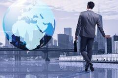 O homem de negócios no conceito do negócio global Fotos de Stock