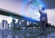 O homem de negócios no conceito do negócio global Imagem de Stock