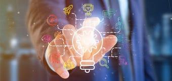 O homem de negócios que guarda um conceito da ideia da lâmpada do bulbo com começa acima o ícone Foto de Stock Royalty Free
