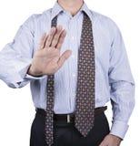 O homem do botão na camisa para baixo e amarra frouxamente Fotografia de Stock Royalty Free