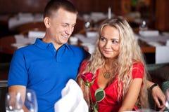 O homem e a menina fina fotografia de stock royalty free