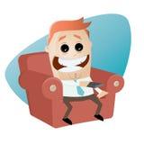 O homem engraçado dos desenhos animados no sofá é entusiasmado Imagens de Stock Royalty Free