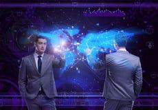 O homem no conceito social da gestão de dados imagens de stock royalty free
