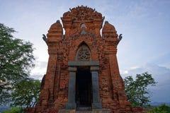 O homem poderoso eleva-se, Ninh Thuan, Vietname - - 9 de outubro de 2016 Imagem de Stock
