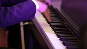 O homem que joga o piano filme