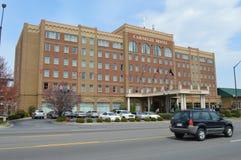 O hotel de Carnegie, anfitrião frequente às famílias de visita de estudantes de E T S U foto de stock