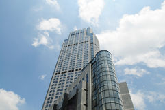 O hotel de luxo elevado no céu Imagens de Stock
