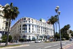 O hotel Negresco e Promenade des Anglais, agradáveis Fotografia de Stock Royalty Free