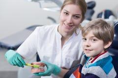 O hygene dental é extremaly importante imagem de stock royalty free