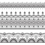 O indiano, hena três de Mehndi alinha o teste padrão dos elementos do laço para a tatuagem no fundo branco Foto de Stock