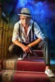 O indivíduo no chapéu e no gângster da arma Imagem de Stock Royalty Free
