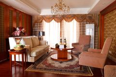 O interior caro luxuoso da sala de visitas Fotografia de Stock