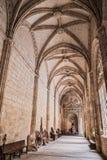 O interior da catedral de nossa senhora da suposição, claustro localiza Fotografia de Stock