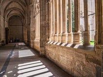 O interior da catedral de nossa senhora da suposição, claustro localiza Imagem de Stock
