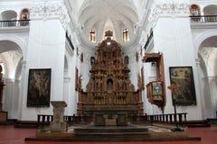 O interior da igreja de Saint Cajetan do providência Divine imagens de stock royalty free