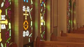 O interior de uma igreja ortodoxa grega vídeos de arquivo