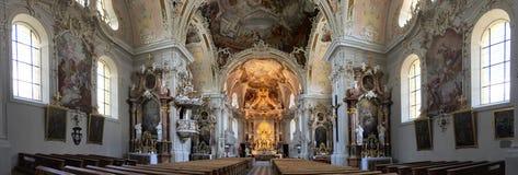 O interior do Basilika bonito Wilten imagem de stock royalty free