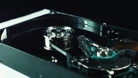O interior do disco rígido Disco com a cabeça da leitura dos dados Informática do armazenamento de informação server filme