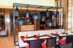 O interior do restaurante do hotel de luxo Imagem de Stock Royalty Free