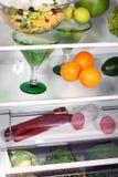 O interior dos refrigeradores. Fotos de Stock