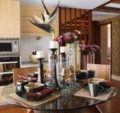 O interior moderno elegante da casa imagem de stock
