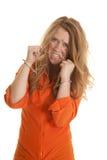 O interno da mulher cuffs a corrente desarrumado da mordida do cabelo fotografia de stock
