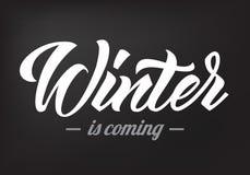 O inverno é a caligrafia 2019 de vinda ilustração stock