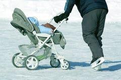 O inverno do carrinho de criança Imagem de Stock Royalty Free