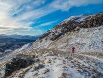 O inverno surpreendente caminha acima Sron um Chlachain, acima de Killin, Escócia fotografia de stock royalty free
