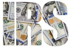 O IRS, dinheiro americano um grande número cem-dólar novo desintegrou cem U imagens de stock