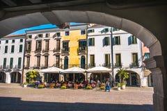 O italiano abriga o pórtico de Padua Italia do este da arcada Fotos de Stock Royalty Free