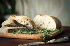 O italiano, alimento, pão, ciabatta, fresco, saudável, alecrim, caseiro, copia o espaço, fim acima imagens de stock royalty free