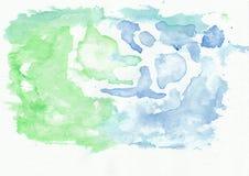 O jade esmeralda e os azuis celestes misturaram o fundo horizontal do inclinação da aquarela Foto de Stock